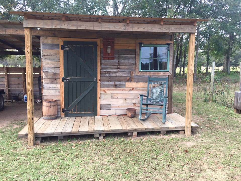 recycled pallet outdoor cabin or shed