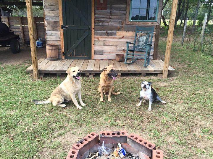 repurposed pallet outdoor cabin