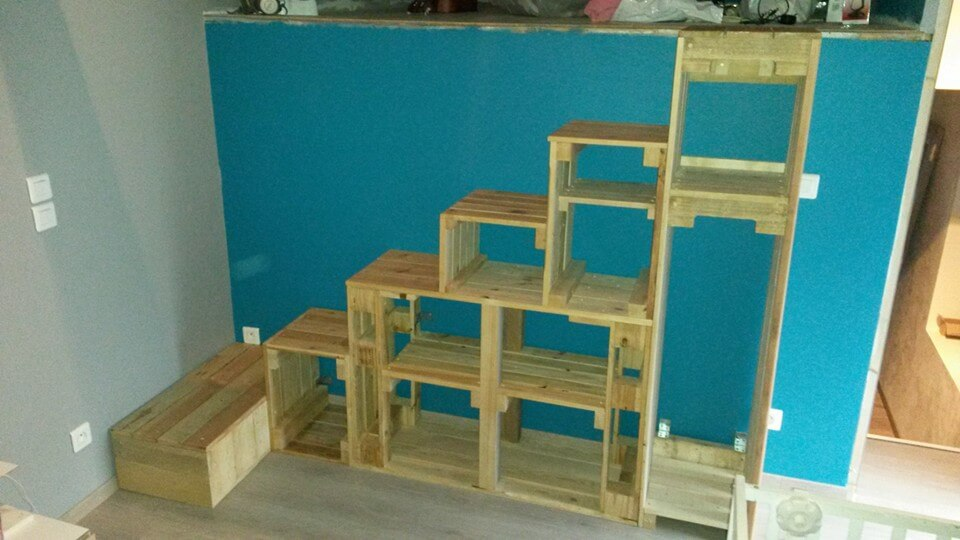 wooden pallet stairs with storage