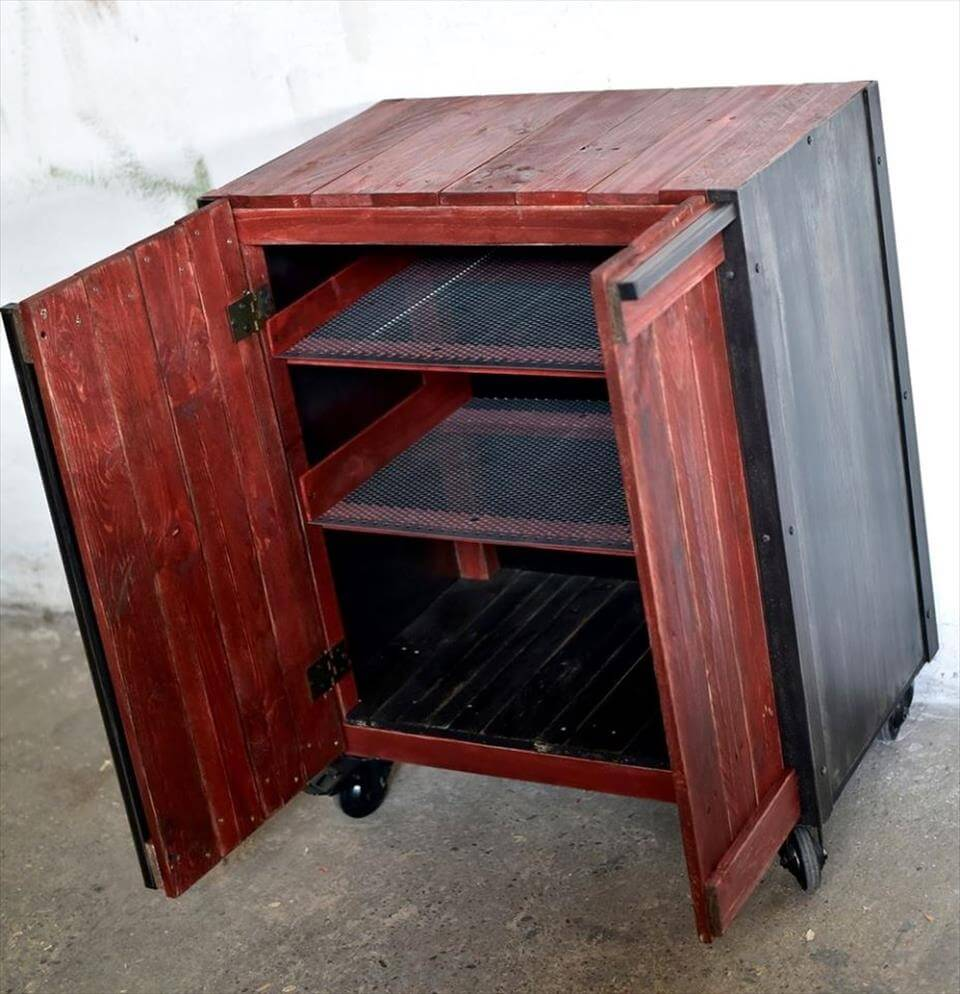 pallet storage cabinet with shelves