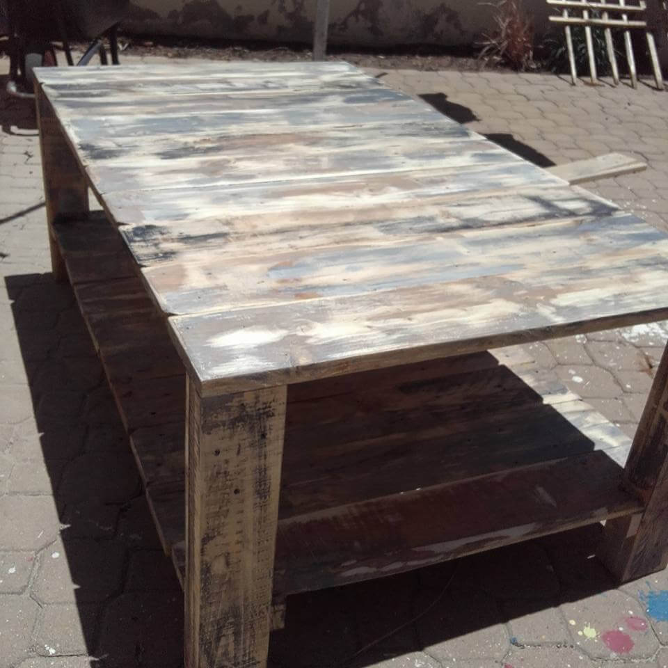 accent pallet xl size coffee table