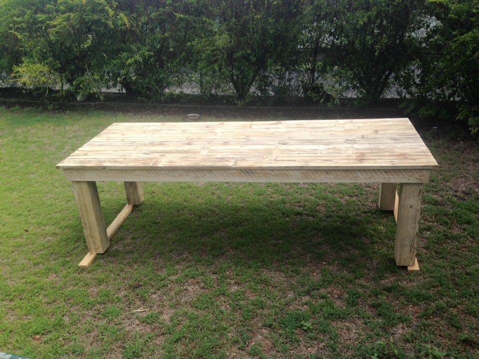 Large pallet dining table 99 pallets for Dining table from pallet