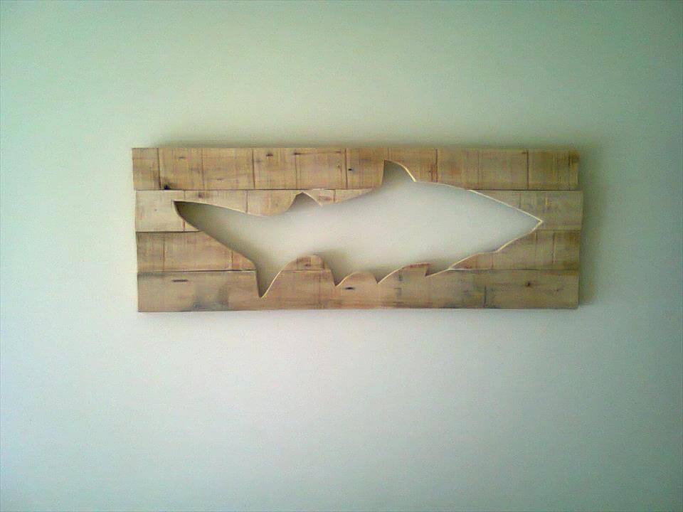 Pallet fish wall art 99 pallets for Fish wall decor