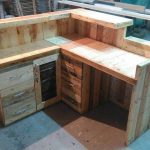DIY Pallet Office Desk