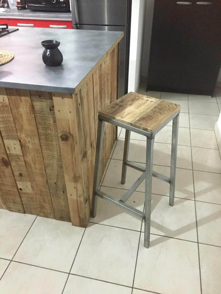 Upcycled Pallet And Metal Stools 99 Pallets