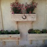 DIY Pallet Wall Planters