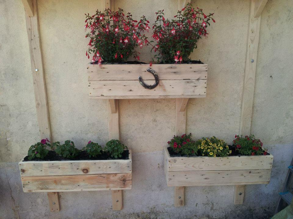 Recycled pallet wall planters