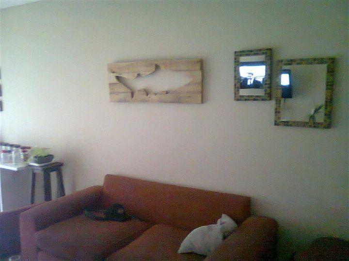 Upcycled pallet fish wall art
