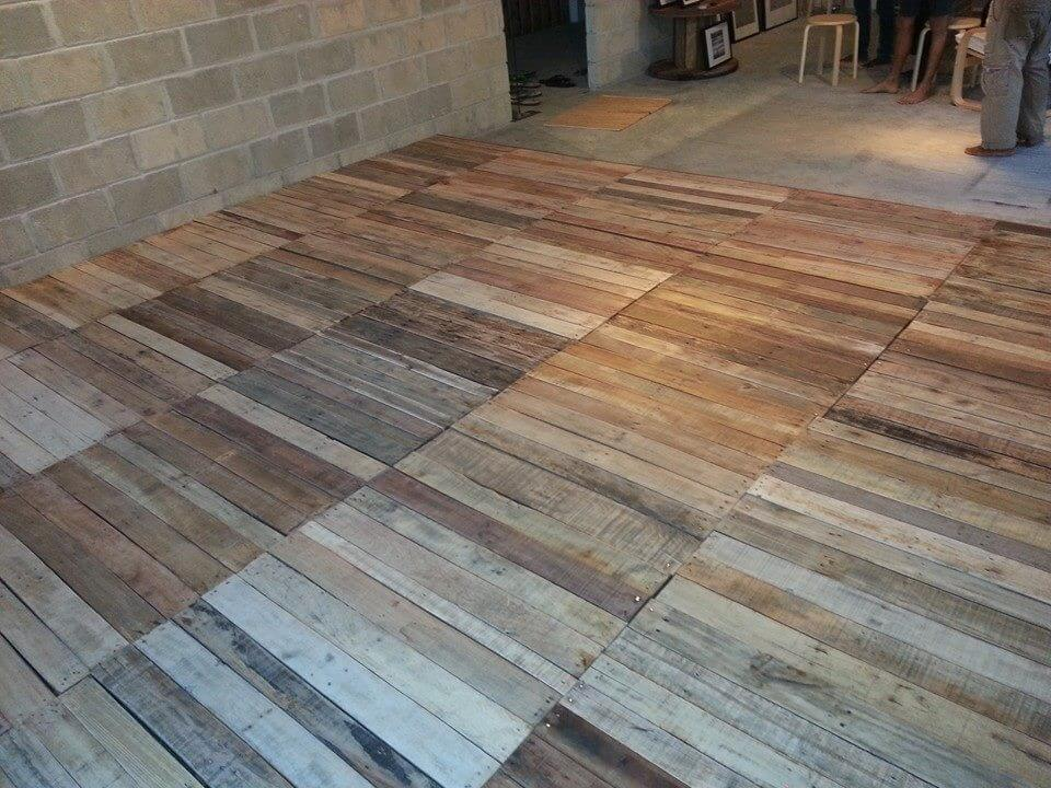 Recycled Pallet Flooring Diy 99 Pallets