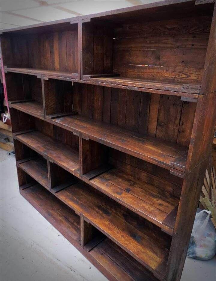 Diy Pallet Bookshelf Plans