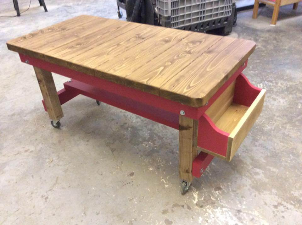 Pallet Coffee Table With Storage Box