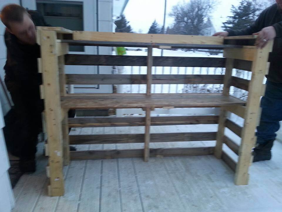 Make some readjustments in original pallet boards and build up the