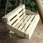 Pallet Swing for Garden