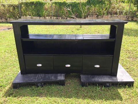 recycled custom black pallet entertainment center