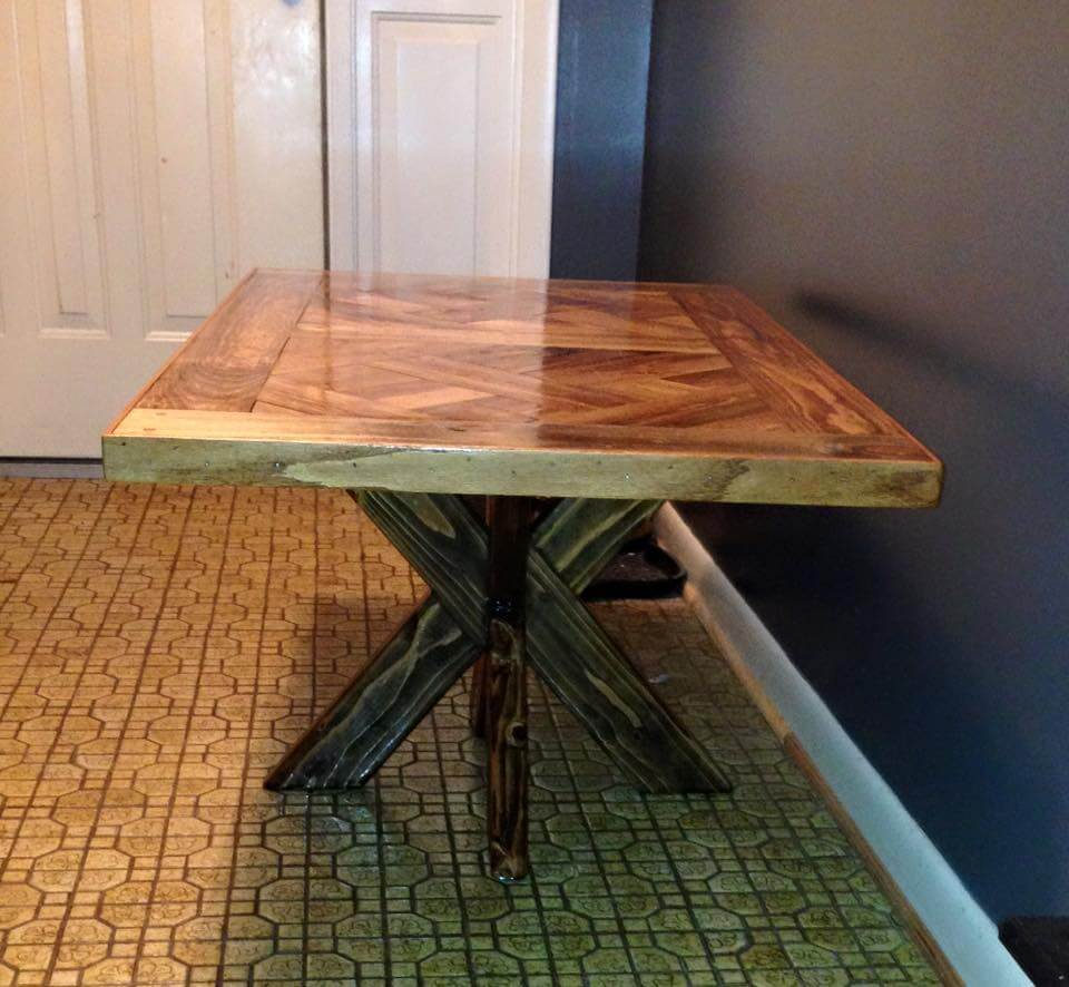 diy pallet dining table with X base