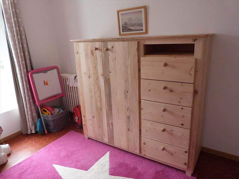 diy pallet closet with drawers