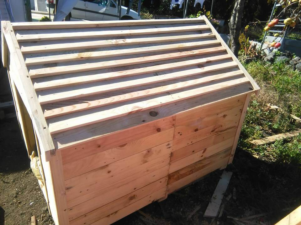 Pallets Wood Dog House 99