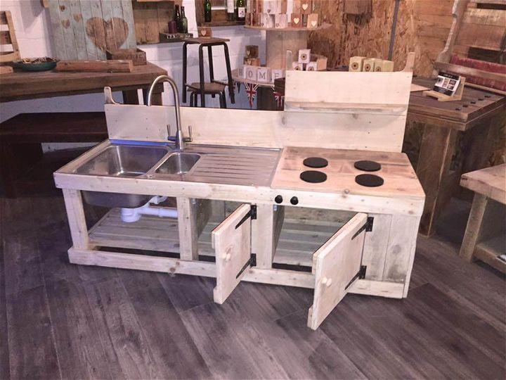 Pallets Wood Mud Kitchen