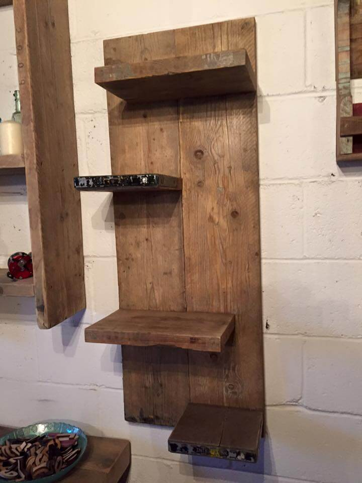 diy pallet wall mounted shelf unit