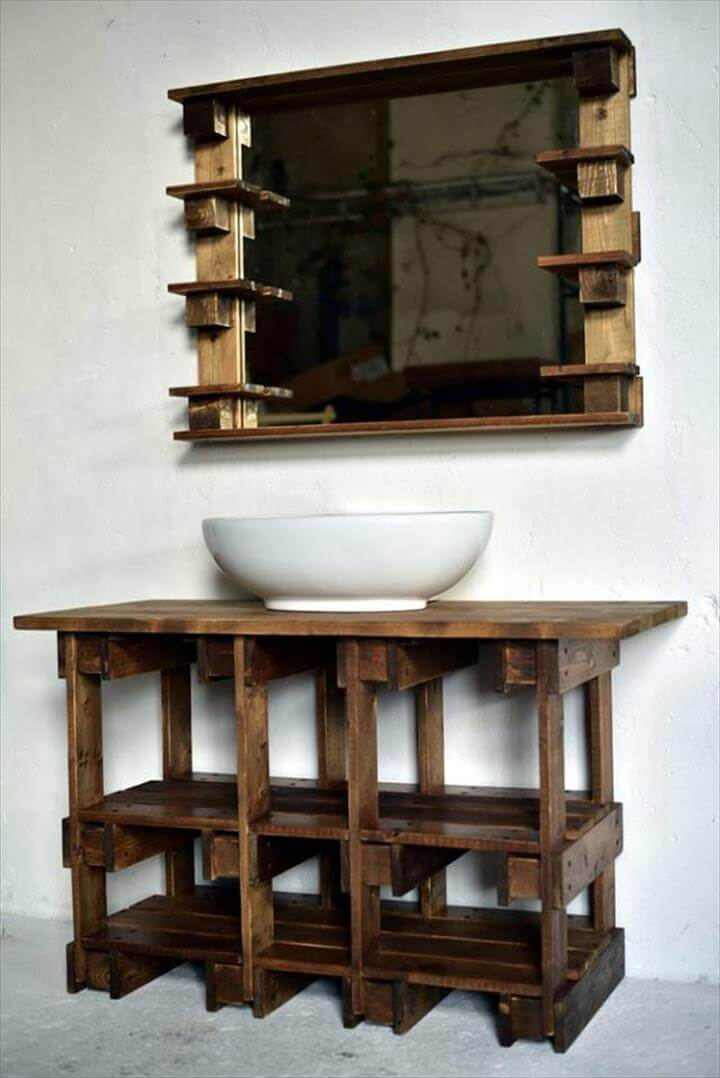 Wooden pallet vanity and mirror