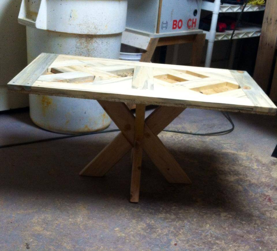 stylish wooden pallet coffee table