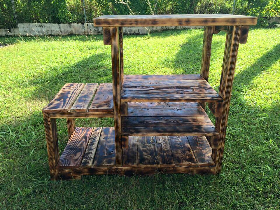 upcycled pallet display unit
