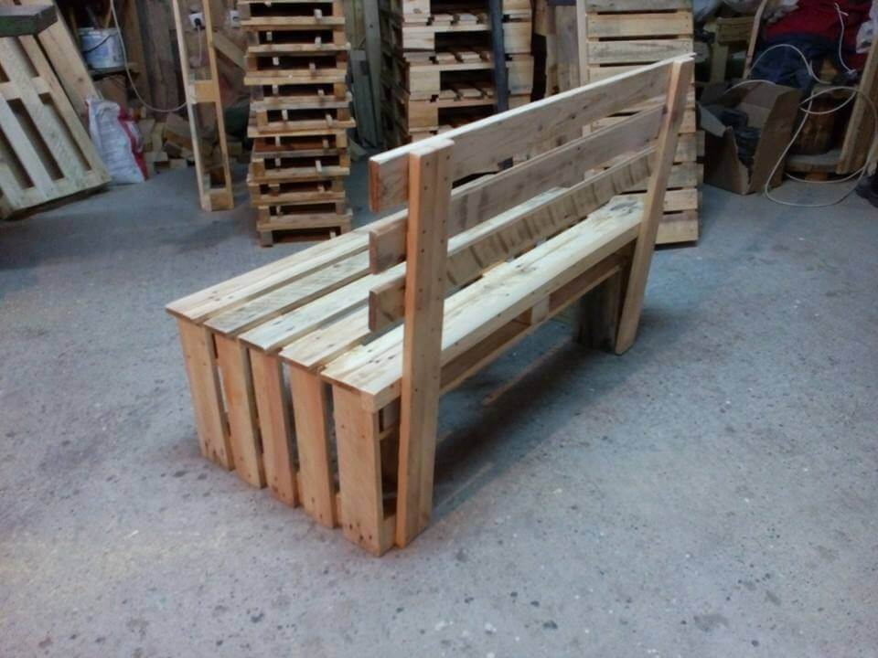 Pallet bench seating 99 pallets for Building a bench from pallets