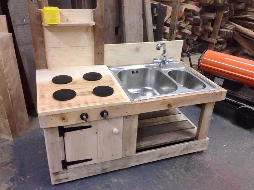 Pallet Mud Kitchen With Sink 99 Pallets