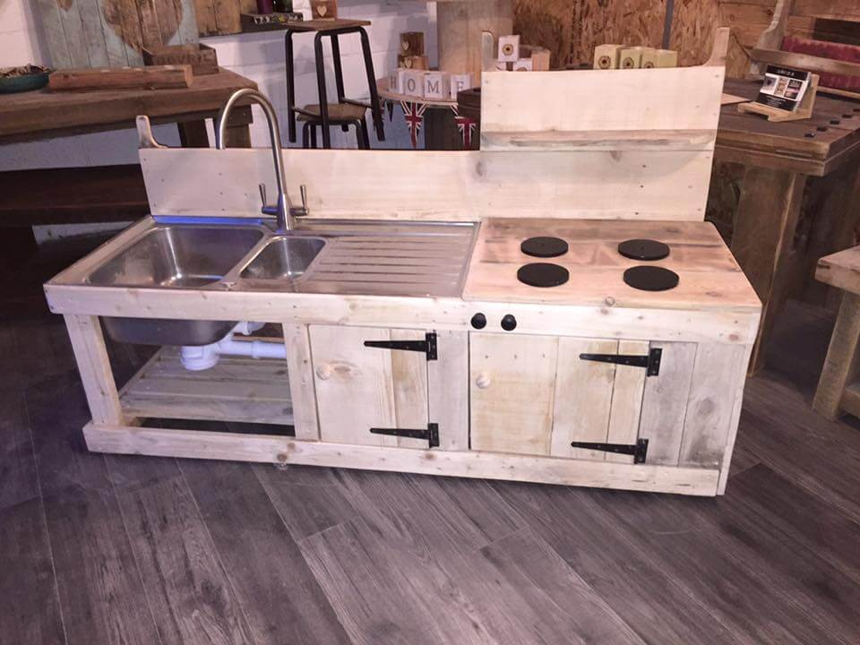 Pallets Wood Mud Kitchen 99