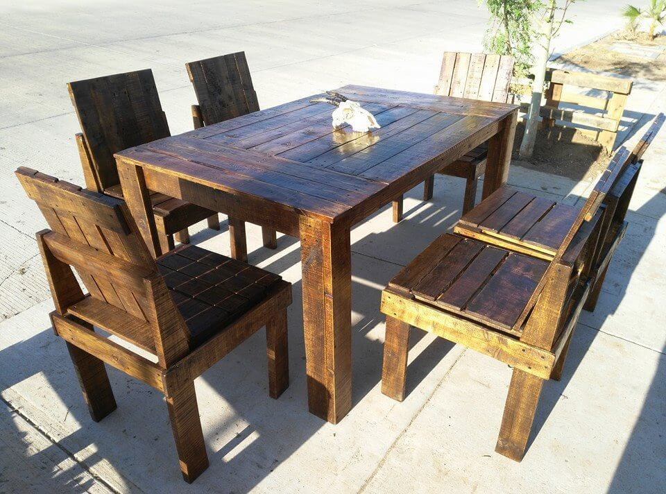 Wooden pallet dining table and chairs set 99 pallets Chairs made out of wooden pallets
