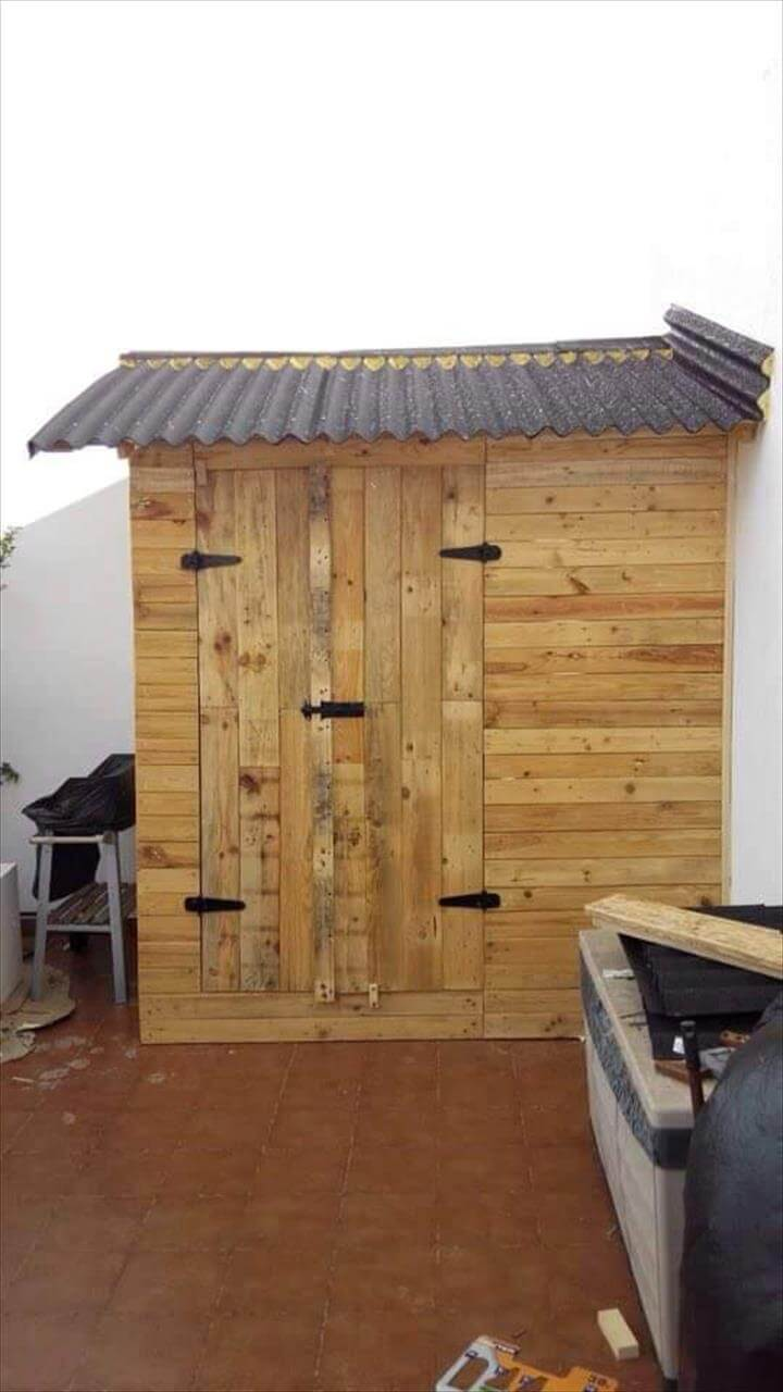 Wooden Pallet Storage Shed