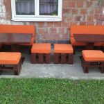 DIY Pallet Porch Sofa Set