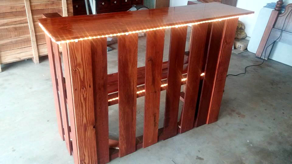 recycled wooden pallet bar with lights
