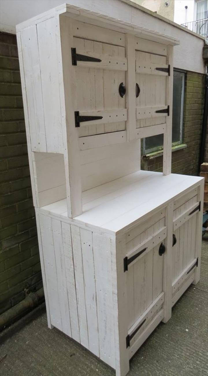 Pallet kitchen cabinets hutch 99 pallets for Kitchen cupboard units