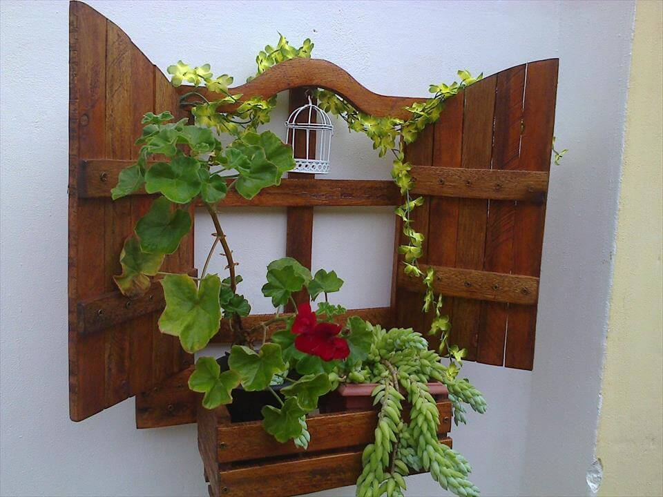 Diy Wall Hanging Pallet Planter 99 Pallets