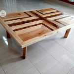 Pallet Pallet Coffee Table with Pattern Top