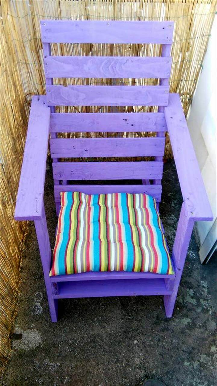 charming purple painted pallet garden chair
