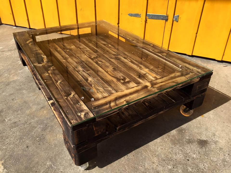 wooden pallet rolling coffee table with glass top