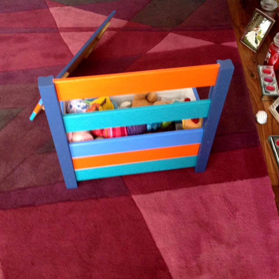 Colorful Pallet Toy Box and Chair | 99 Pallets