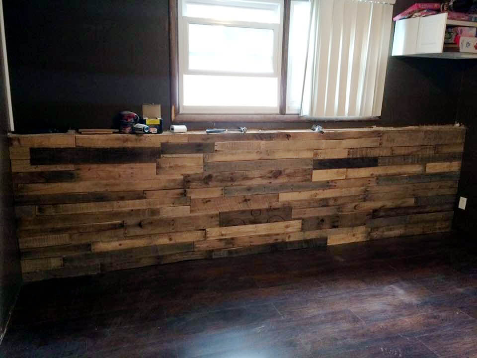 DIY pallet custom indoor bar
