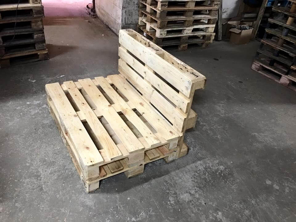 Low Built Pallet Seating Chair 99 Pallets