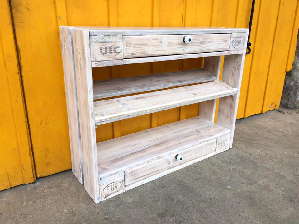 Diy Pallet Shoes Rack And