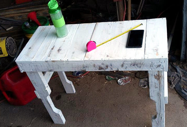 no-cost pallet white table