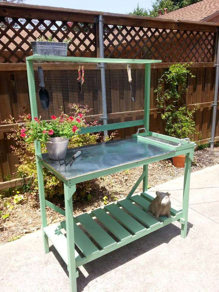 pallet and metal potting bench