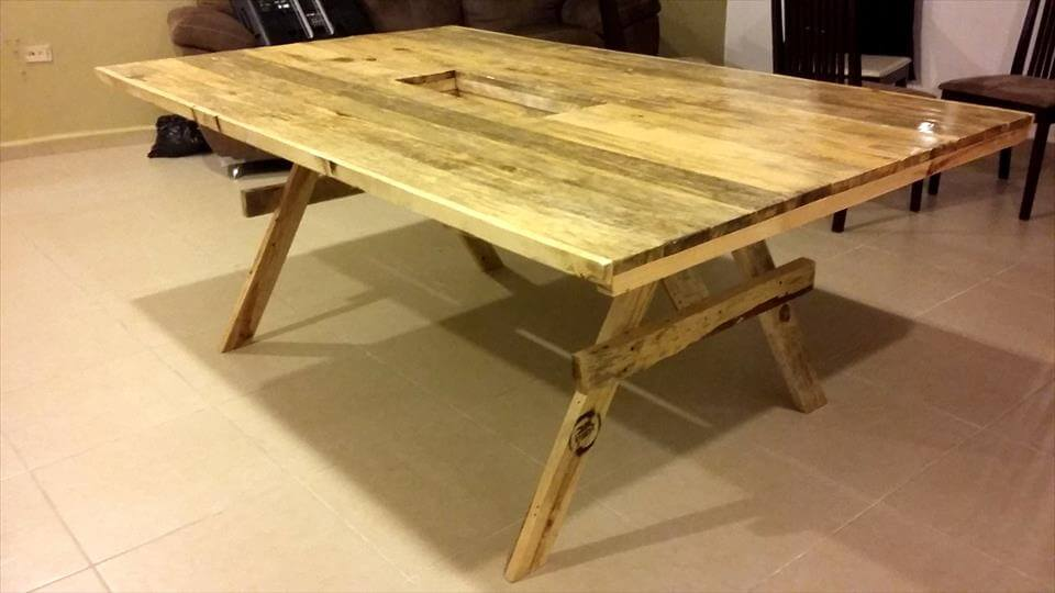 Wooden pallet dining table