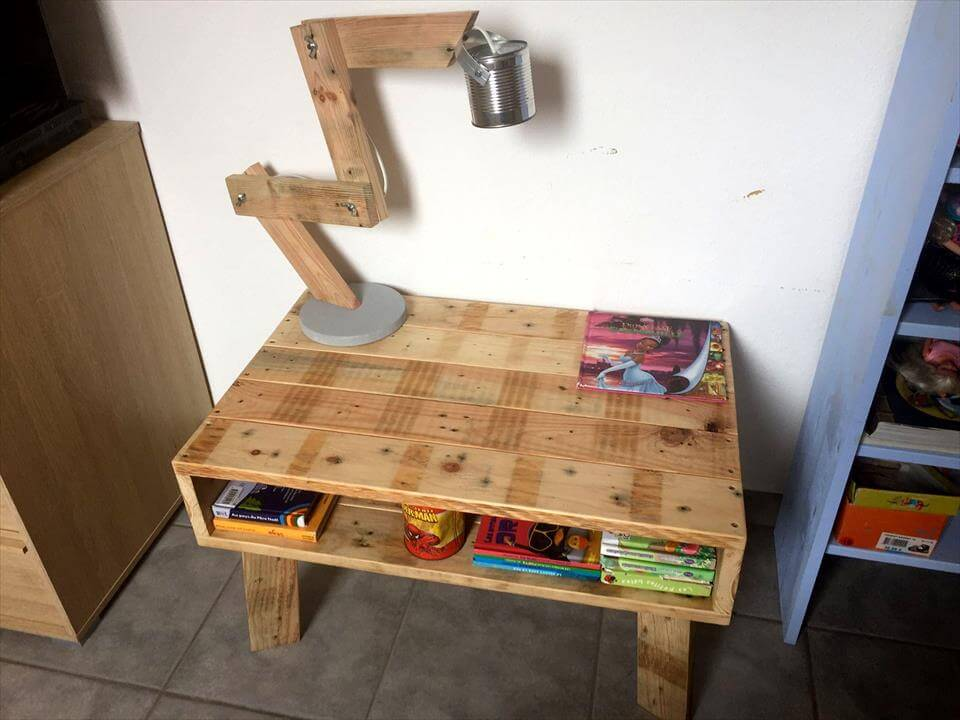 low-cost wooden pallet kids study desk or mini coffee table
