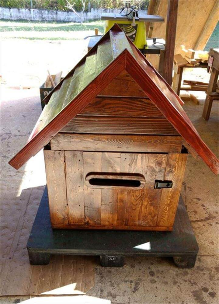 no-cost wooden pallet mailbox or parcel box