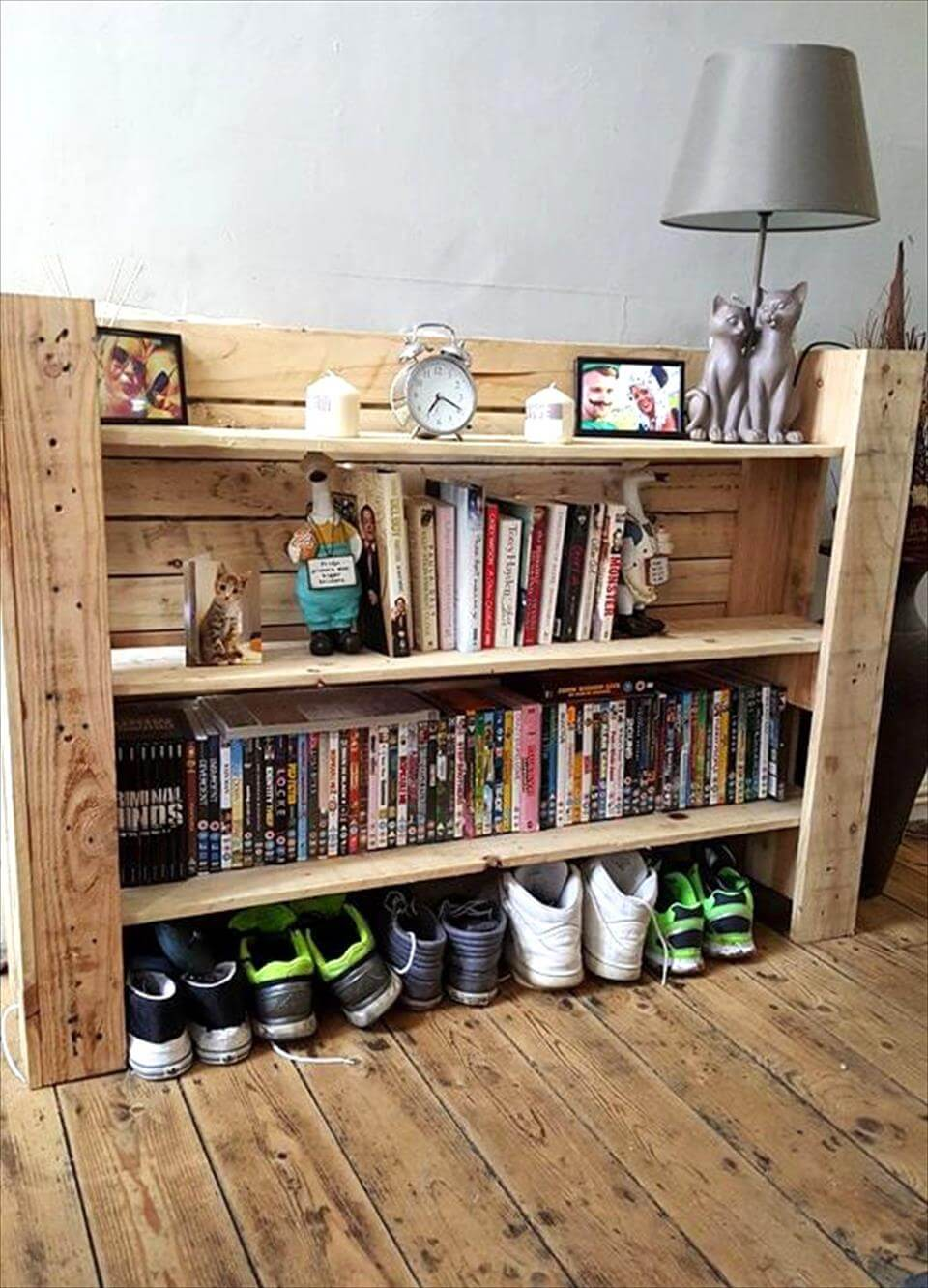 diy pallet multi-functional shelf unit