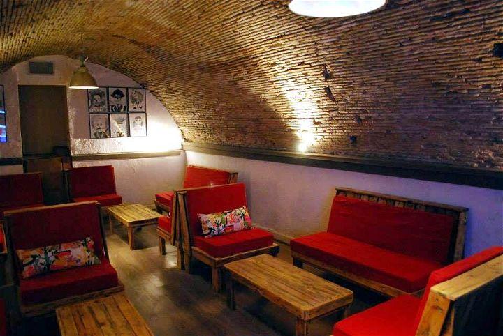 pallet restaurant furnishing