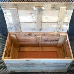 DIY Wood Pallet Toy Storage Box